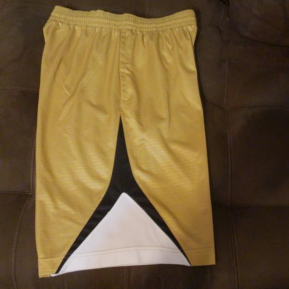 Men's Nike basketball shorts ***clearance***